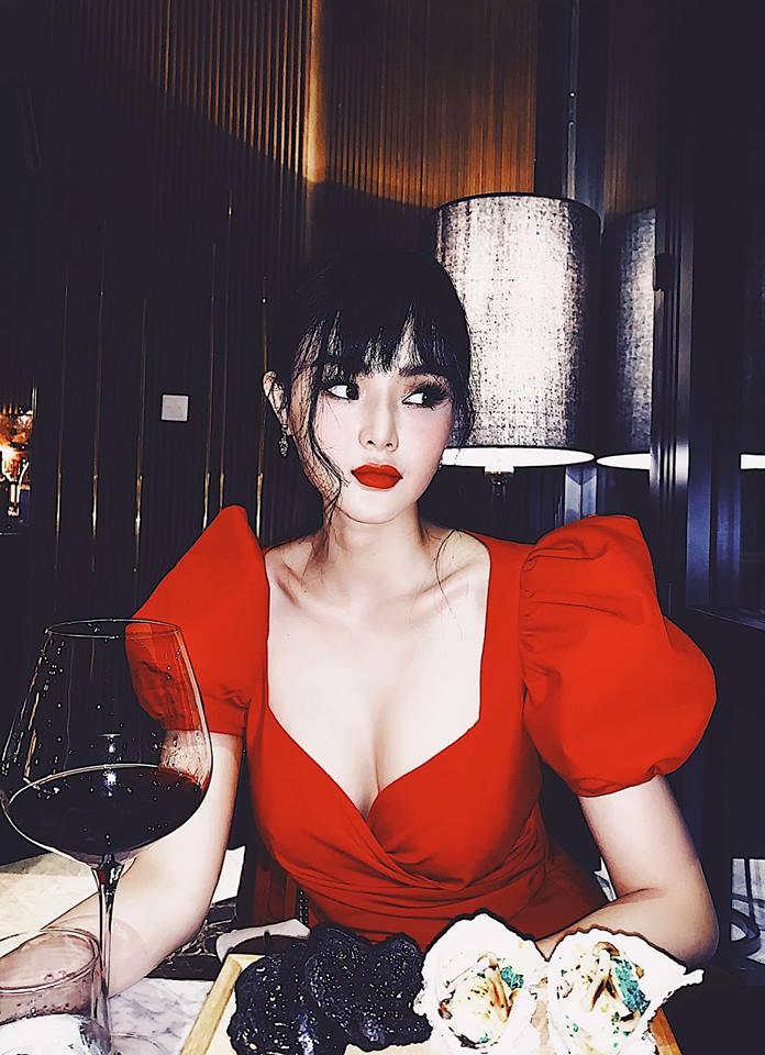 """Angela Phương Trinh bị em gái """"vượt mặt"""" vì vẻ ngoài xinh đẹp hút mắt - 11"""