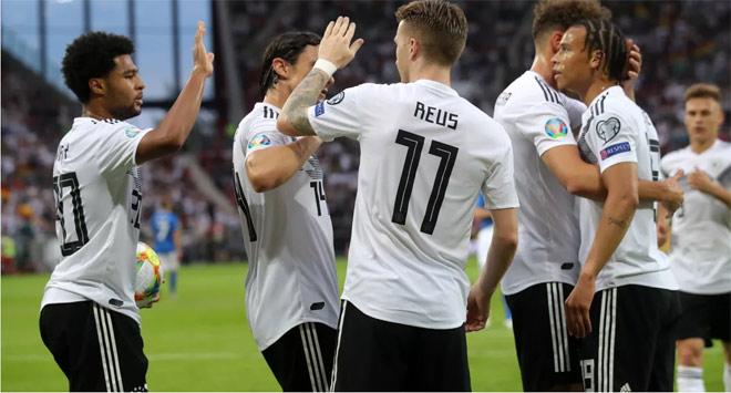Sửng sốt 4 trận 37 bàn thắng: Sốc toàn tập từ World Cup tới Euro - 2