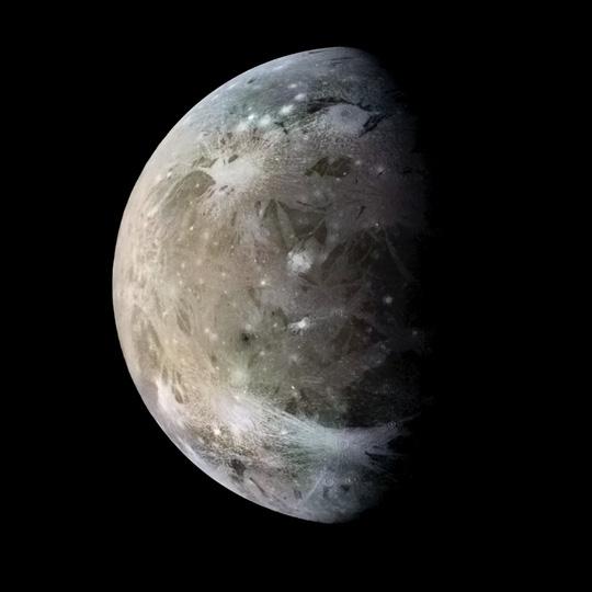 Hành tinh khổng lồ áp sát trái đất, khoe 4 mặt trăng - 4