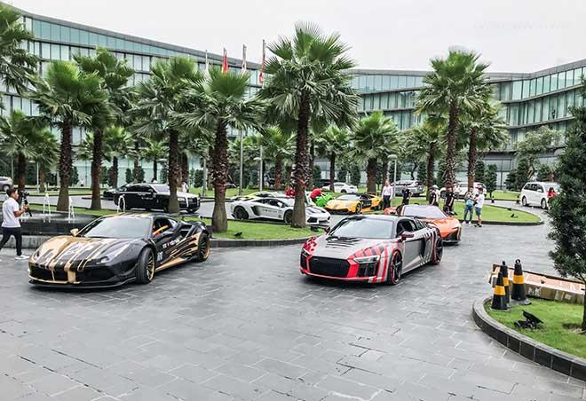 Chặng đầu tiên của Car Passion 2019 đã dừng lại tại phố biển Hạ Long - 1