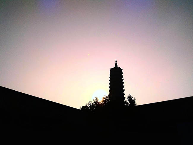 """Đứng hình trước khung cảnh kỳ vĩ của Ninh Bình qua lăng kính của nàng 9X """"cuồng"""" xê dịch"""" - 3"""