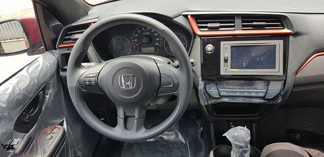 Cận cảnh Honda Brio vừa cập bến đại lý, chờ đợi giá bán chính thức - 9