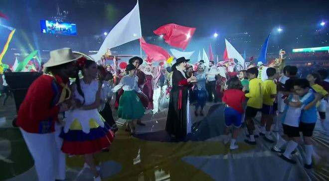 Khai mạc Copa America: Đại tiệc rực rỡ, fan Brazil chờ tin chiến thắng - 3