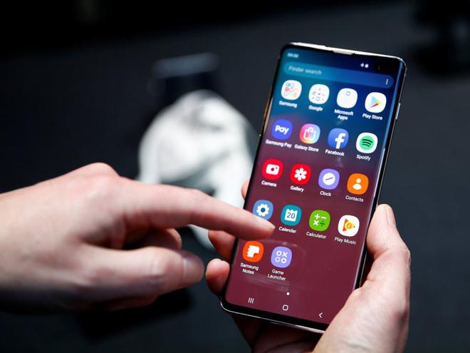 """Giữa 2 """"anh em"""" Galaxy S10/ Galaxy S10+, nên chọn smartphone nào? - 3"""
