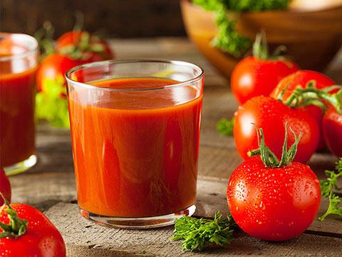 Uống nước ép cà chua có thể giảm nguy cơ mắc bệnh tim - 1