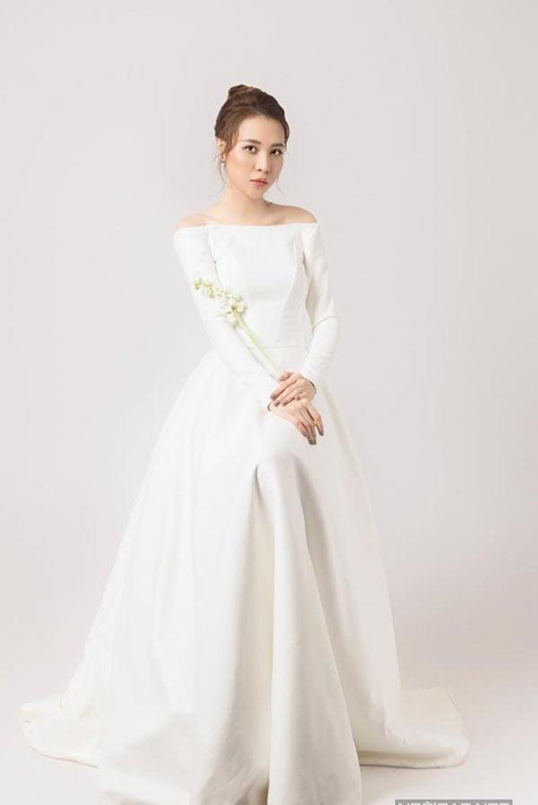 """Vợ sắp cưới của Cường đô la liên tục """"thả thính"""" váy cưới, nhiều tới mức gây choáng - 4"""
