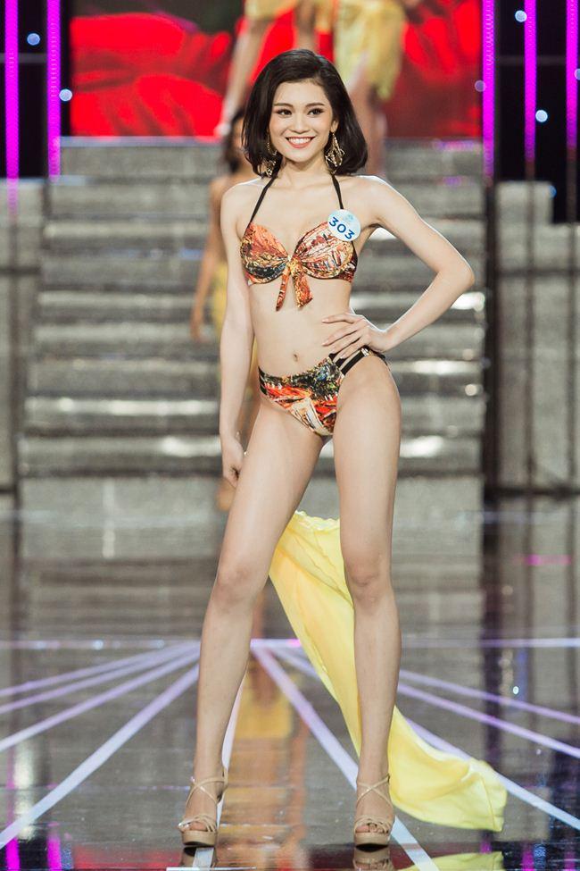 Thí sinh Miss World Việt Nam 2019 khoe dáng bốc lửa với phần thi áo tắm - 3