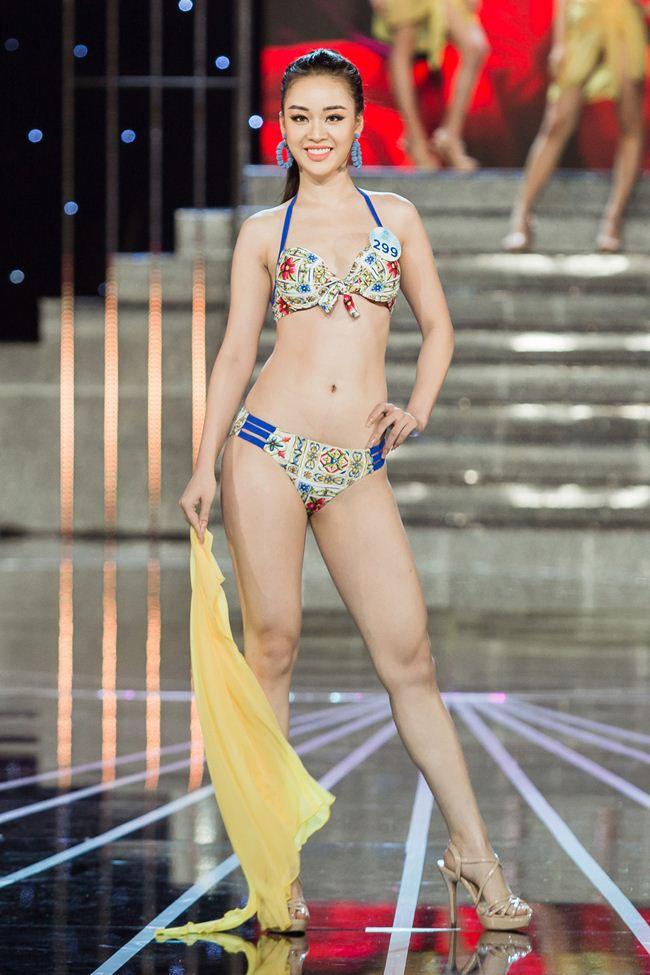 Thí sinh Miss World Việt Nam 2019 khoe dáng bốc lửa với phần thi áo tắm - 11