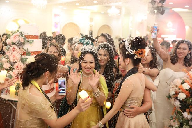 CEO Đỗ Thị Vân Anh xứng đáng dành giải nữ hoàng truyền cảm hứng - 4
