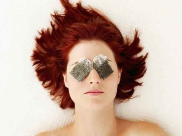 Muốn xóa nếp nhăn vùng mắt tại nhà thì không thể bỏ qua những bí kíp sau - 2