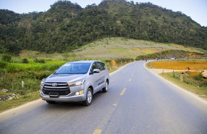 """Toyota Innova - Luôn xứng đáng là """"huyền thoại"""" - 1"""