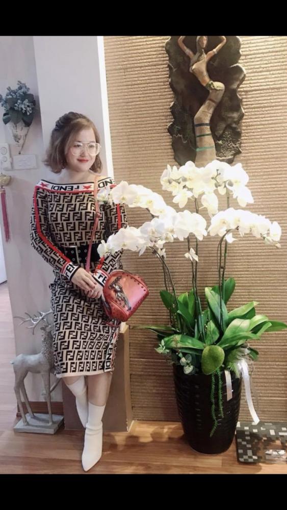 Người phụ nữ 35 tuổi xinh tươi luôn khuyến khích đồng nghiệp làm đẹp - 9