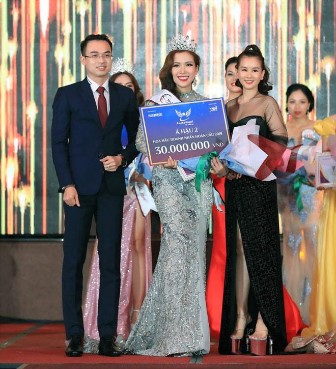 """""""Nàng Pơ Lang"""" Phạm Ngọc Huyền Trân biến hóa đa phong cách trong chuỗi sự kiện tại Malaysia - 2"""