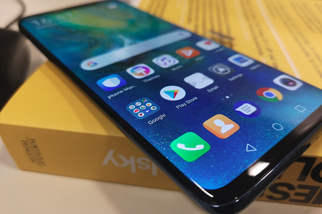 Fan Huawei thở phào nhờ Tổng thống Mỹ dỡ bỏ lệnh cấm - 1