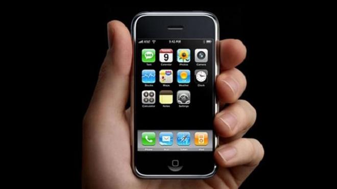 Ngày này cách đây 12 năm, chiếc iPhone đầu tiên đã ra mắt - 2