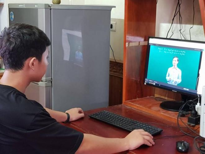 Học trực tuyến, học qua truyền hình có được tính điểm? - 1