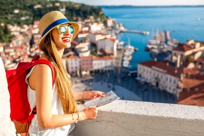 Bí quyết du lịch một mình an toàn dành cho phụ nữ - 7