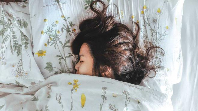 8 thói quen giúp bạn ngủ ngon để tăng sức đề kháng cho cơ thể - 1