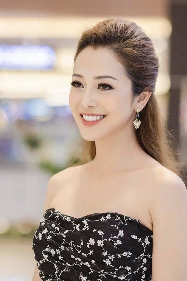Eo đẹp như gái son của Jennifer Phạm sau 2 tháng đẻ con thứ 4 - 1