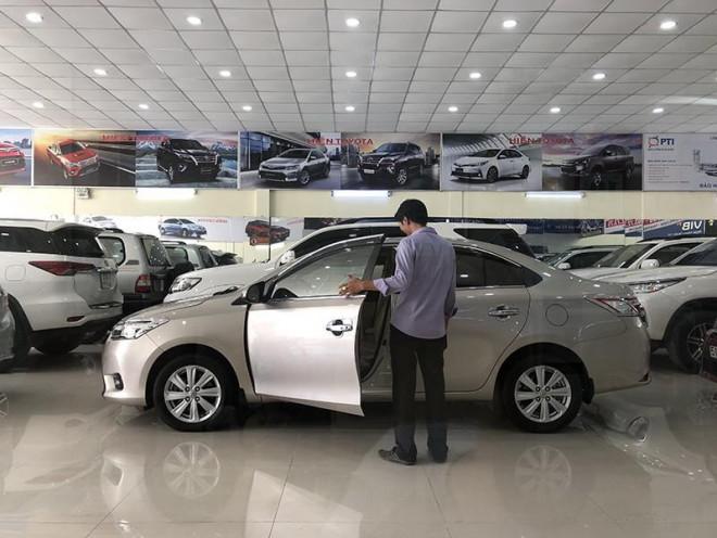 Hàng loạt nhà máy đóng cửa, giá ô tô giảm 350 triệu vẫn ế - 1