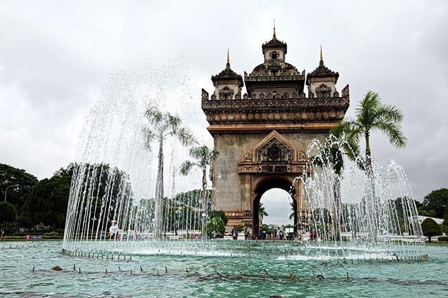 Đừng bỏ qua 7 điểm đến hút khách nhất Đông Nam Á này - 1