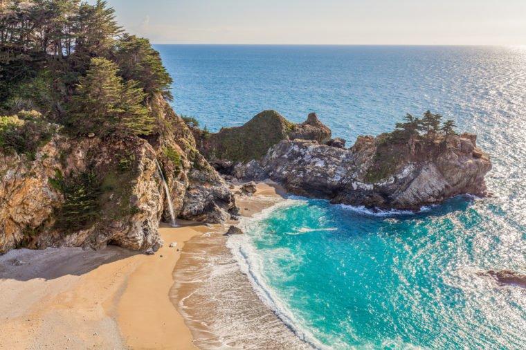 13 bãi biển có phong cảnh đẹp nhất thế giới - 10