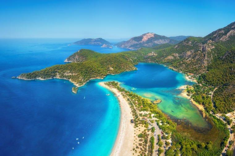 13 bãi biển có phong cảnh đẹp nhất thế giới - 3