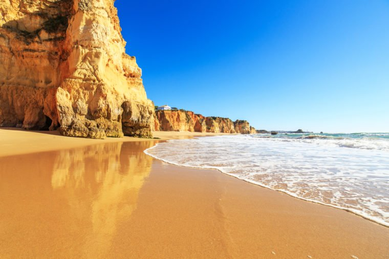 13 bãi biển có phong cảnh đẹp nhất thế giới - 5