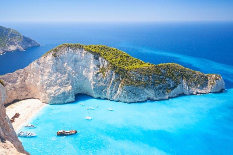 13 bãi biển có phong cảnh đẹp nhất thế giới - 7