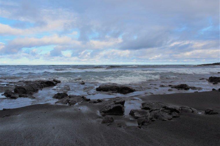 13 bãi biển có phong cảnh đẹp nhất thế giới - 9