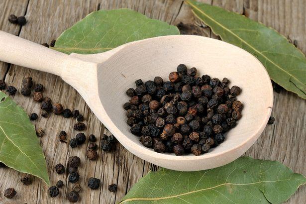 Tác dụng chữa bệnh bất ngờ của 13 thực phẩm phổ biến trong nhà - 7