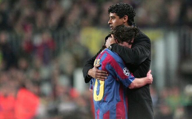 """Người giúp Ronaldinho và Messi lên đỉnh thế giới """"mất tích"""" đầy bí ẩn - 2"""