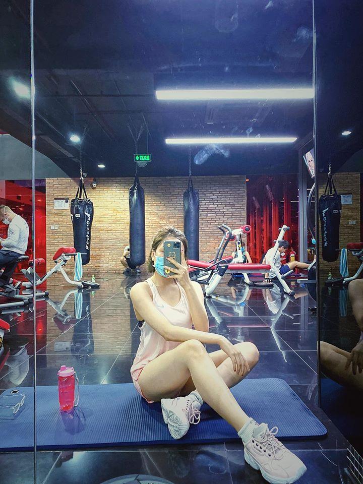 Hot girl Trâm Anh nhảy sexy dance để giảm cân - 3