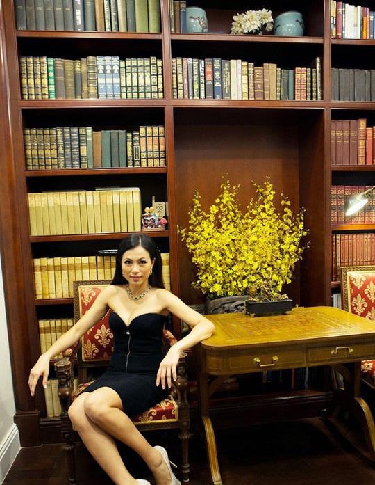"""""""Hoa hậu giàu nhất VN"""" xây biệt thự dát vàng lộ cuộc sống sang chảnh khiến ai cũng choáng - 8"""