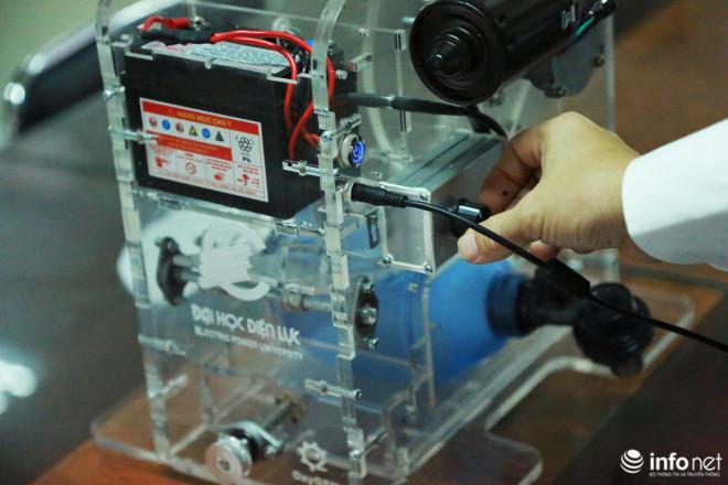 Cận cảnh máy trợ thở đầu tiên do chính tay người Việt Nam thiết kế và sản xuất - 8