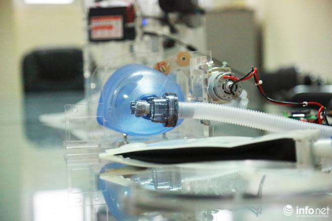 Cận cảnh máy trợ thở đầu tiên do chính tay người Việt Nam thiết kế và sản xuất - 15