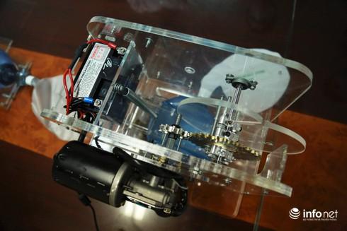 Cận cảnh máy trợ thở đầu tiên do chính tay người Việt Nam thiết kế và sản xuất - 3