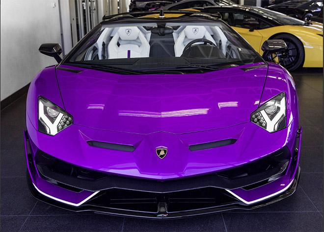 Siêu phẩm lamborghini aventador svj roadster màu tím độc lạ về việt nam