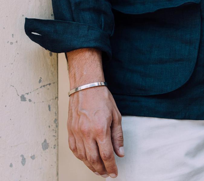 Những loại vòng tay không yểu điệu dành cho đàn ông - 2