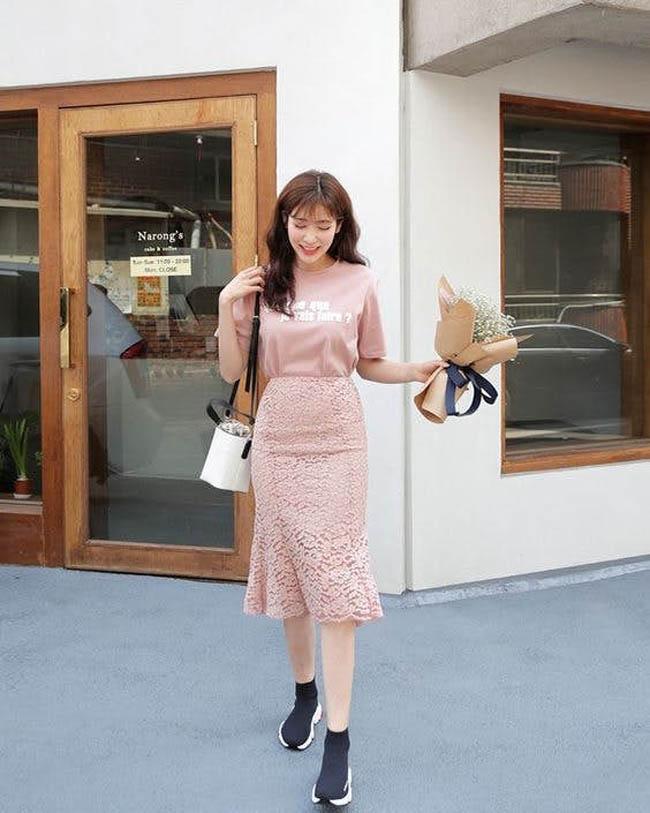 8 bí quyết giúp nàng diện chân váy midi lúc nào cũng đẹp hết nấc - 4