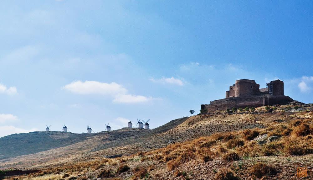 Ngỡ ngàng ngôi làng cối xay gió có thực trong truyện Đôn Kihôtê ở Tây Ban Nha - 5
