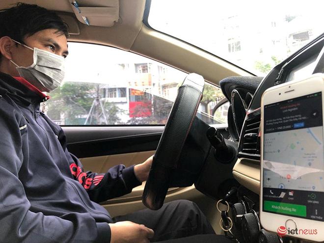 Hà Nội cho xe buýt, taxi và xe công nghệ hoạt động, chỉ được huy động 30% phương tiện - 1