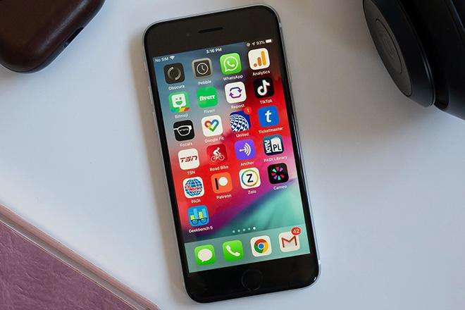 iPhone SE 2020 so kè tốc độ cùng iPhone 8, XR và 11 - 1