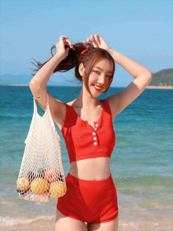 Hot girl quyến rũ nổi tiếng Instagram Việt nghiện mặc không nội y - 5