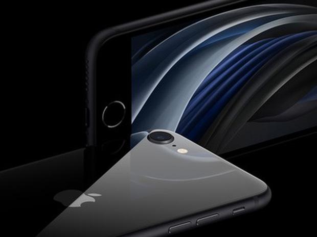 """iPhone SE 2020 vs iPhone XR: Đâu mới là """"quả táo ngon"""" phù hợp nhất cho bạn? - 2"""