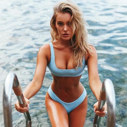 Các nàng mặc bikini không có chi tiết này thì còn lâu mới được khen đẹp