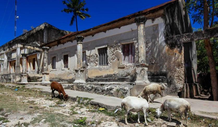 Những thị trấn ma nổi tiếng ở châu Phi - 1