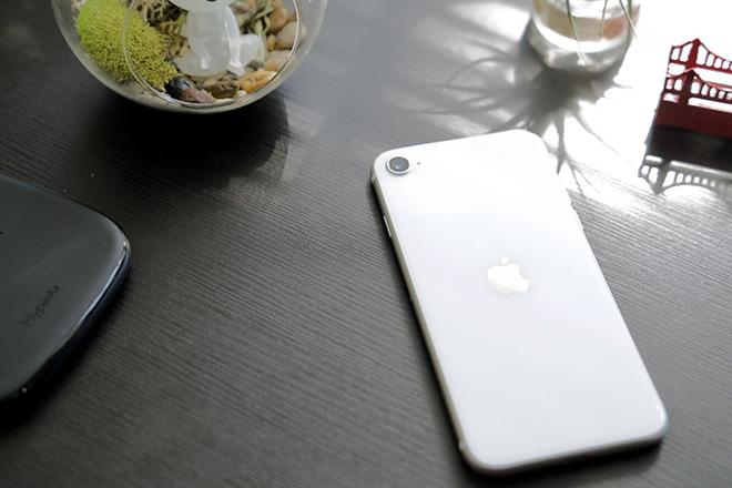 Quên iPhone SE đi, đây mới là chiếc iPhone đáng quan tâm hơn - 5