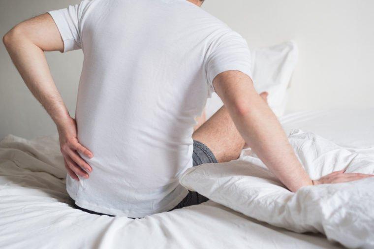 Đau lưng đi kèm 8 dấu hiệu này cơ thể bạn đang gặp nguy, cần đi khám càng sớm càng tốt - 3