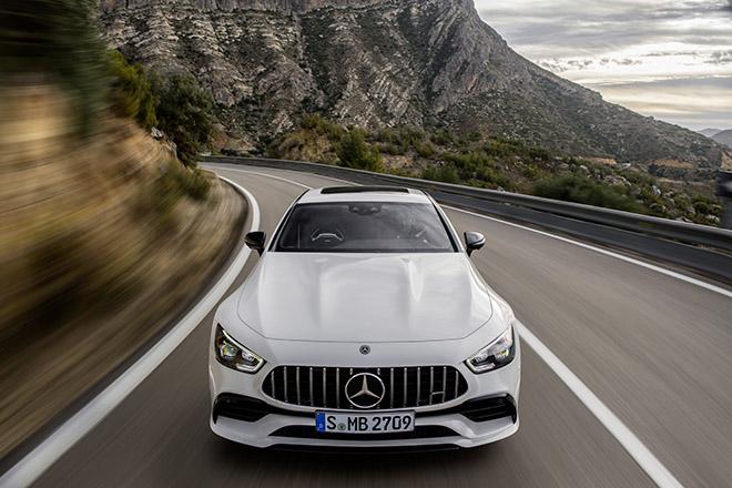 Mercedes-Benz giới thiệu 3 mẫu xe hiệu suất cao AMG tại thị trường Việt Nam - 4